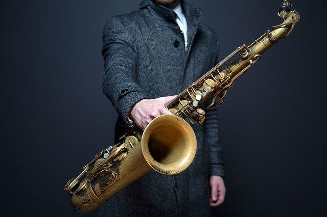 Mejores saxofones tenores principiantes